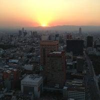 Foto tomada en Torre Latinoamericana por Jimena Z. el 3/5/2013