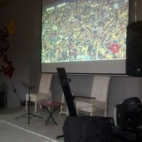 Foto diambil di GözGöz Mangal oleh Aysinay B. pada 4/27/2018