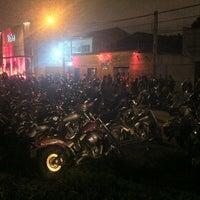 Photo taken at Balaios Moto Clube - Sede Curitiba / Paraná by Vebis jr S. on 3/17/2013