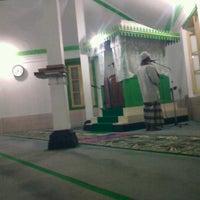 Photo taken at Masjid Besar Al-Izhar Kutoarjo by Edi K. on 11/14/2012