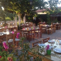7/23/2013 tarihinde Esra K.ziyaretçi tarafından Bağarası Restaurant'de çekilen fotoğraf