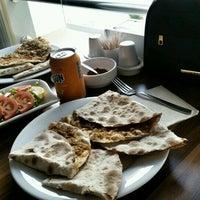 Photo taken at Gülzade Pide & Lahmacun Salonu by Yasemin Ö. on 11/6/2016