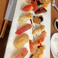 Foto tomada en Hiso Sushi por Plloyplloyy P. el 3/1/2013