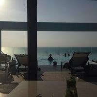 Photo taken at Bar y piscina borde infinito - Hotel Las Américas by Salvador V. on 5/10/2014
