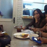 Photo taken at Kedai kemang by sitiyayuhumaeroh on 6/17/2013