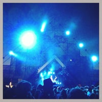 Photo taken at Mainstage Yes2Day by Kris H. on 8/31/2013