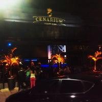 Foto tirada no(a) Cenarium Lounge Bar por Junior Z. em 10/2/2013