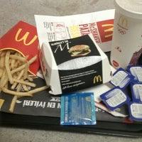 Foto diambil di McDonald's oleh Yusuf C. pada 7/12/2013
