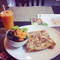 Foto tirada no(a) Na Vila - Restaurante por Carina C. em 6/27/2013