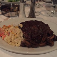 Photo taken at Ruth's Chris Steak House by Andrew B. on 11/16/2015