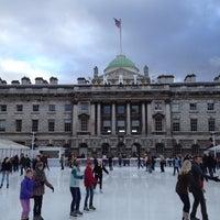 Photo prise au Somerset House par Pete M. le12/15/2012
