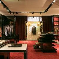 Foto scattata a Dolce&Gabbana da Dolce&Gabbana il 1/31/2014