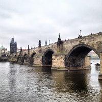 5/2/2013 tarihinde Mikhail S.ziyaretçi tarafından Karl Köprüsü'de çekilen fotoğraf