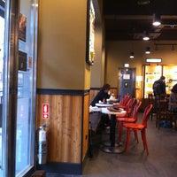 Photo taken at Starbucks by 전범(John) 조. on 5/9/2013