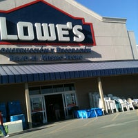Photo taken at Lowe's Home Improvement by Fide... on 3/3/2013
