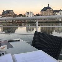 Foto tomada en La Cuisine du BelRive por Neal H. el 9/11/2018