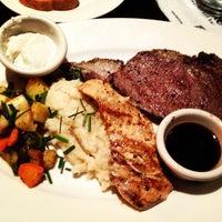 Photo taken at Stanford's Restaurant by tt t. on 11/30/2012