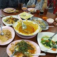 Photo taken at Sum Sook Restaurant by Audss on 4/7/2017