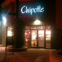 Photo taken at Chipotle Mexican Grill by Rolando F. on 10/18/2012