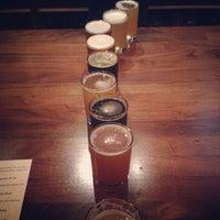 Das Foto wurde bei Cellarmaker Brewing Company von Clayton L. am 11/2/2013 aufgenommen