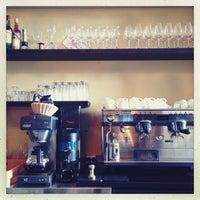 4/10/2013 tarihinde Samuli K.ziyaretçi tarafından Ravintola Pastis'de çekilen fotoğraf