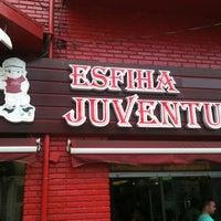 Foto tirada no(a) Esfiha Juventus por Bruno D. em 10/6/2012