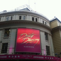 Foto scattata a Piccadilly Theatre da Zeynep A. il 7/23/2013