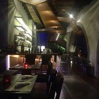 Foto tomada en MX Restaurante por Chris A. el 7/6/2013