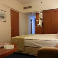 3/22/2013 tarihinde Polat Ç.ziyaretçi tarafından Holiday Inn Istanbul City'de çekilen fotoğraf