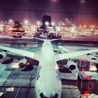Das Foto wurde bei Frankfurt Airport (FRA) von Jared Z. am 11/21/2013 aufgenommen
