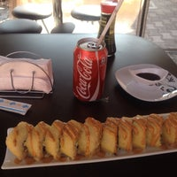 Photo taken at Nueve Uno Sushi Roll & Lunch by Hugo RM05 on 1/15/2015