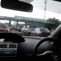 Photo taken at Gerbang Tol Cileunyi by Dias P. on 8/10/2013