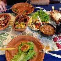 Foto tirada no(a) Tia Zelia Restaurante por Claudinho S. em 7/9/2013
