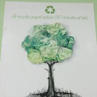 Foto tomada en Copias exactas. Centro Ecológico de Copiado por Lizeth S. el 4/22/2013