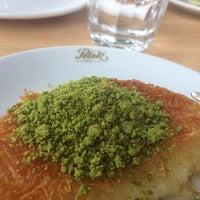 6/13/2013 tarihinde Sla S.ziyaretçi tarafından Petek Cafe'de çekilen fotoğraf