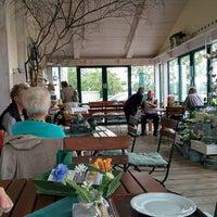 Photo taken at Bauernhofcafé Schäferei Rolfs by Michael H. on 7/3/2014