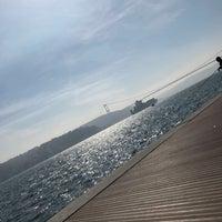 Das Foto wurde bei Emirgan Sahili von Berrak Yağmur K. am 3/10/2018 aufgenommen