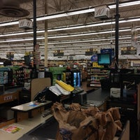 Photo taken at Kroger by Aury F. on 11/13/2015