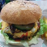 Das Foto wurde bei Triple B - Beef Burger Brothers von Hubert M. am 2/15/2015 aufgenommen