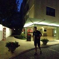 Foto tomada en Hotel Colon Rambla Tenerife por 由美子 千. el 7/23/2013