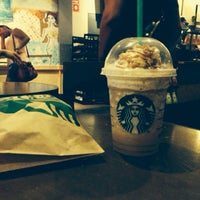 Photo taken at Starbucks by Houssam Eddine G. on 7/21/2013