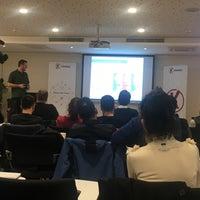 Photo taken at KWORKS / Koç Üniversitesi Girişimcilik Araştırma Merkezi by Ecesim on 2/26/2018