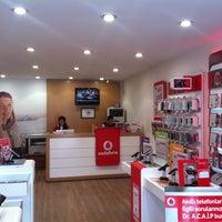 Photo taken at Vodafone Erzincan Telekomünikasyon by Yunus Emre A. on 2/22/2013