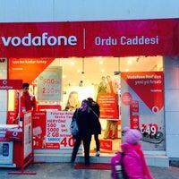 Photo taken at Vodafone Erzincan Telekomünikasyon by Yunus Emre A. on 12/14/2013