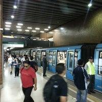 Foto tomada en Metro Santa Ana por Alex M. el 3/7/2013