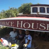 9/2/2017 tarihinde Veysziyaretçi tarafından Şirince Terrace Houses Cafe'de çekilen fotoğraf