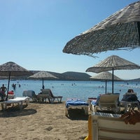 Photo taken at Bitez Han Beach Hotel by Emre D. on 8/31/2015