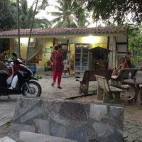 Photo taken at Wat Pho Herbal Sauna by Иван Д. on 1/31/2014