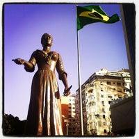 Das Foto wurde bei Merlin Copacabana Hotel von Victor H. Cury Orleans d. am 2/22/2013 aufgenommen