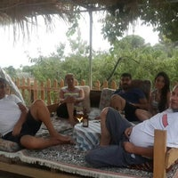 Photo taken at İkizler Çay Bahçesi by Şeyda P. on 8/22/2015